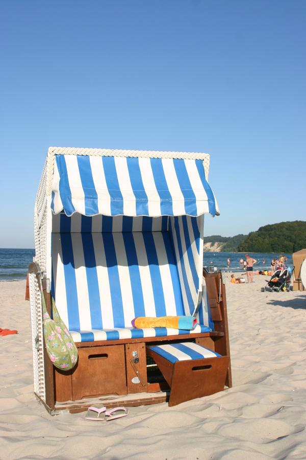 Strandkorb am meer  Unsere Ferienwohnungen Binz mit Strandkorb am Meer