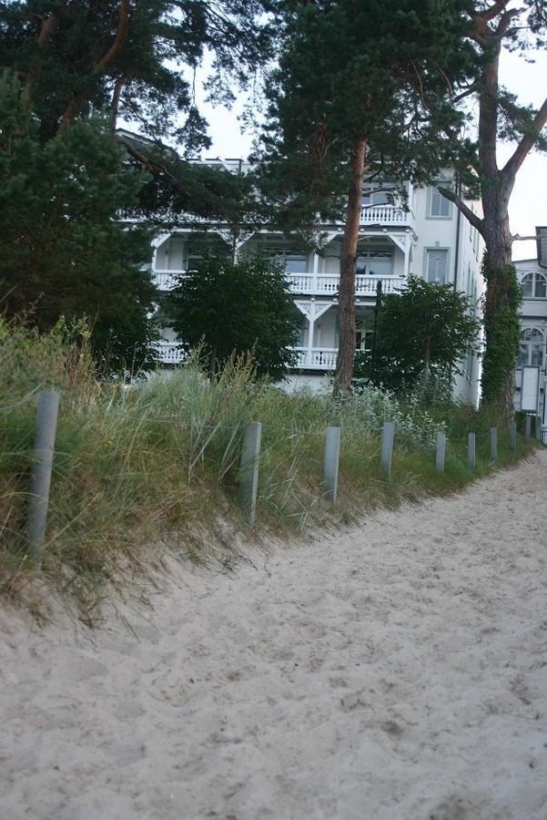 Villa Strandburg Binz vom Strandabgang aus